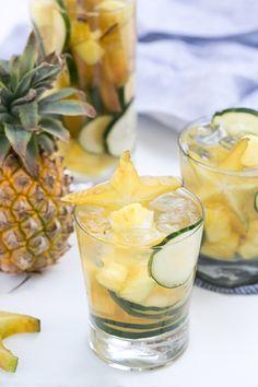 The Best Sparkling Sake Sangria Recipe // Cocktail Recipes // Summer Entertaining // Plum Wine // Cheers!!!