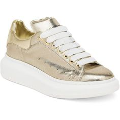 Alexander McQueen Embossed Metallic Leather Platform Sneakers (5 215 SEK) ❤ liked on Polyvore featuring shoes, sneakers, apparel & accessories, gold, alexander mcqueen, leather trainers, metallic leather shoes, platform shoes и cushioned shoes