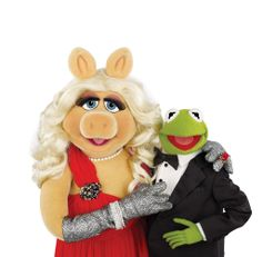 Miss Piggy and Kermit together in 2011 film The Muppets. She said of their split, 'Dating moi is like flying close to the sun. It was inevitable that Kermit would drop down to the ground while I stayed in the heavens. Miss Piggy Muppets, Kermit And Miss Piggy, Kermit The Frog, The Muppets Characters, Sesame Street Characters, Jim Henson, Muppets Most Wanted, The Muppet Show, New Girlfriend