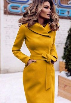 Palton galben mustar elegant de dama Elegant mustard yellow coat for ladies Coats For Women, Jackets For Women, Clothes For Women, Coats And Jackets, Mode Outfits, Fashion Outfits, Womens Fashion, Fashion Trends, Mustard Yellow Coat