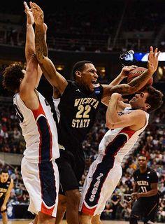 (9) Wichita State beats (1) Gonzaga