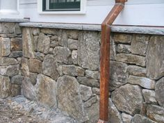 Foundation Covering with Natural New England Thin Stone Veneer Rustic Fireplace Decor, Rustic Fireplaces, Diy Exterior Wall, Stone Veneer Exterior, Mountain Home Exterior, Thin Stone Veneer, Siding Options, House Foundation, Porch Garden