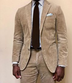 Corduroy suit in light tan for a casual office day! Suit Combinations, Smart Casual, Casual Office, Mens Fashion Suits, Gentleman Style, Fashion Looks, Men's Fashion, Refashion, Corduroy