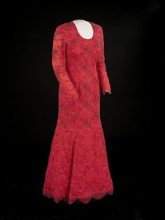 Laura Bush | 19 Gorgeous Inauguration Gowns From Famous First Ladies