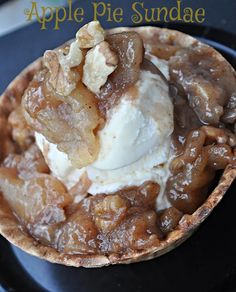 Apple Pie Sundaes! The perfect fall recipe for dessert.