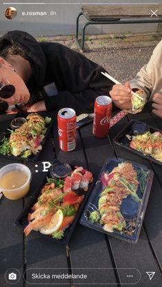 Sushi, Food Porn, Tasty, Yummy Food, Food Goals, Aesthetic Food, Food Cravings, Love Food, The Best