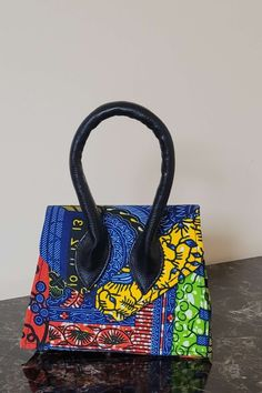 Mini Handbags, Purses And Handbags, Mini Purse, Mini Bag, Leather Handle, Leather Bag, African Accessories, Printed Bags, Colourful Outfits