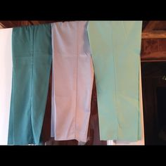 2 pair Alfred Dunner & 1 pair Koret pull on pants Beautiful summer colors. The Koret are a mint/sea foam green, 65% cotton, 35% polyester. Alfred Dunner is 100% polyester. One pair is a darker shade of green, but lighter than Kelly green. The other are a beautiful baby blue, and though they are 100% polyester they feel very soft, almost silky. Elastic waist and front side-slit pockets. Will sell all three for $24 - that's $30 less 20% for bundling. I'll sell individually for $10 a pair…