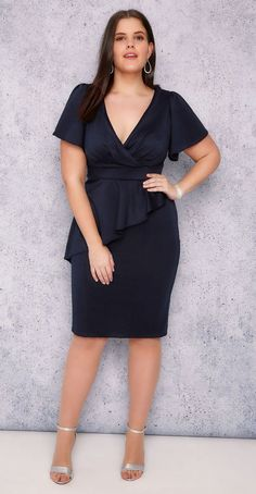 6bb4b3307668 36 Plus Size Wedding Guest Dresses  with Sleeves