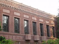 Faculty Rallies to Support University of Oregon Archivist