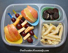 Kindergarten lunch box ideas | packed in @EasyLunchboxes