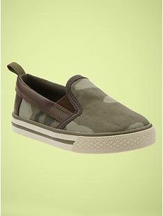 Talan~~Camo slip-on sneakers Vans Classic Slip On, Slip On Sneakers, Camo, Personal Style, Kid, Shopping, Shoes, Fashion, Moda