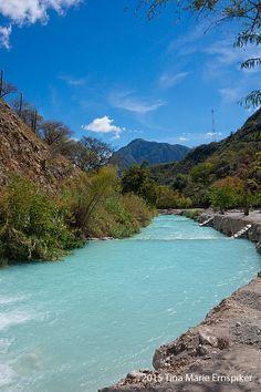 Travel with us in photos as I take you to Grutas Tolantongo in Hidalgo, Mexico.