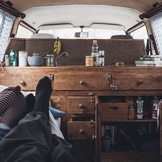 Such a cozy homey feeling in this van. #VanCrush • • Repost from @ifyoudrift #vanlife ~ For more van life pics check out https://www.instagram.com/van.crush/