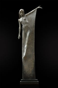 Breathtaking Bronze Sculptures Celebrate the Visual Poetry of the Human Form - My Modern Met