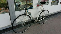 Mistery bike. Union? Dunno. If you know, please tell me. Gipiemme drop outs. Square rear brake reinforcement. 1988 give and take some.