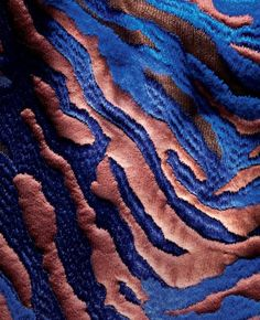 """A fabrication"" by Toby McFarland Pond Balenciaga tiger striped detail creation - First get a length of felted wool bonded to what they refer to as a ""mousse"" (not of the hair or pudding variety,. Textile Texture, Textile Fabrics, Fabric Textures, Textures Patterns, Textile Art, Color Patterns, Print Patterns, Textile Manipulation, Fabric Manipulation Techniques"