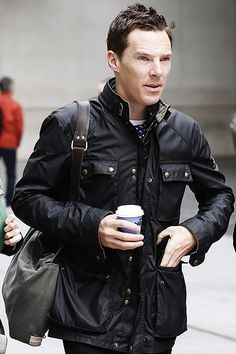 s not Martin's ascot but it kinda looks like it. Barbour Jacket Mens, Belstaff Jackets, Leather Jacket, Smart Jackets, Wax Jackets, Casual Outfits, Men Casual, Fashion Outfits, Vintage Biker