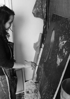 Valérie Belmokhtar in her studio , work in progress, copyright Florent Lafon