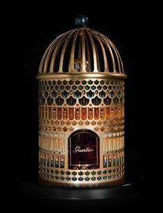 GUERLAIN Perfume bottle