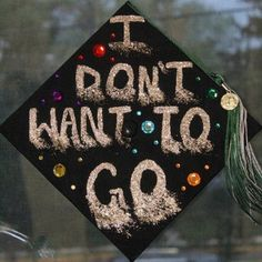 can I come back if I don't know what I'm doing graduation cap ideas Funny Graduation Caps, Graduation Cap Designs, Graduation Cap Decoration, Graduation Diy, Grad Cap, High School Graduation, Graduation Pictures, Graduate School, Graduation Scrapbook