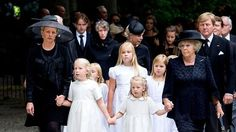 (L-R) Princess Mabel with her daughters Countesses Luana and Zaria, Princess Beatrix, Princess Catharina-Amalia and King Harald of Norway, at the funeral of Prince Friso, 16 Aug 2013 Crown Princess Victoria, Crown Princess Mary, Funeral Bouquet, Royal Dutch, Funeral Ceremony, Dutch Royalty, Three Daughters, Queen Maxima, Royal House