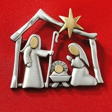 Christmas nativity brooch