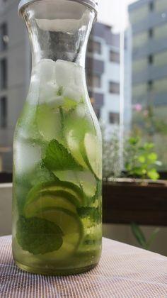 Receita de Água Aromatizada com Limão, Hortelã e Gengibre