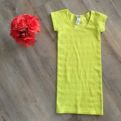 Forever 21 Dress This dress is super flattering and stretchy! Worn once and in great condition! Fun neon color!  Forever 21 Dresses Mini