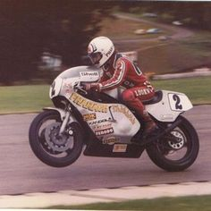 Ron Haslam opening up Mel Carters Pharaoh TZ750 Yamaha you can almost smell the Castrol R
