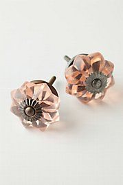 Have these knobs in clear. Great for replacing those tackie ones on cabinets or furniture.