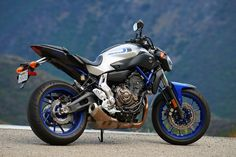 Yamaha Motor Canada :: Produits :: Motocyclettes et scooters :: Sport :: FZ-07 2016