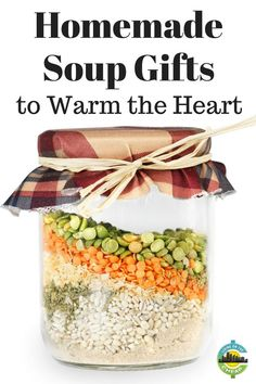 homemade gifts homemade-soup-gifts More - gifts Jar Food Gifts, Homemade Food Gifts, Edible Gifts, Homemade Soup, Gag Gifts, Homemade Dry Mixes, Candy Gifts, Diy Food, Hostess Gifts