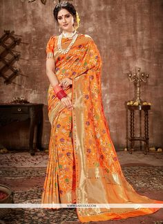 Online saree shopping from an exclusive collection of designer sarees. Buy this banarasi silk weaving work traditional designer saree for bridal and wedding. Latest Saree Trends, Latest Designer Sarees, Latest Sarees, Kanjivaram Sarees Silk, Mysore Silk Saree, Orange Saree, Saree Look, Saree Shopping, Traditional Sarees