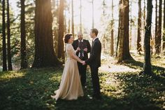 Portland Woodland Elopement. ( I honestly love the idea of getting married in the muddle of a forest)