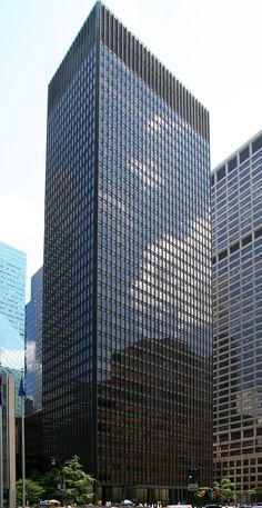 Seagram Building. New York City, U.S. Ludwig Mies van der Rohe and Philip Johnson (architects). 1954–1958 C.E. Steel frame with glass curtain wall and bronze.