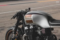 Honda Nighthawk 750 cafe racer by Kaspeed Cb 750 Cafe Racer, Cafe Racer Parts, Cafe Racer Seat, Cafe Racer Honda, Cafe Racer Build, Cafe Racers, Honda Nighthawk, Honda Cb750, Honda Motorcycles