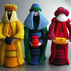 HAND KNITTED NATIVITY SCENE - Folksy-Christmas list item #3....Wise Men complete with gifts.