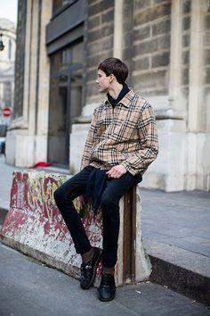 Les street looks des mannequins de la Fashion Week homme automne-hiver 2015-2016 57