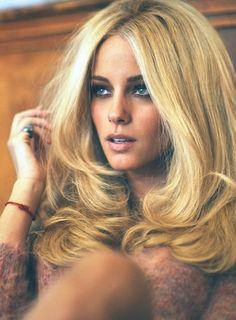 retro blonde hair