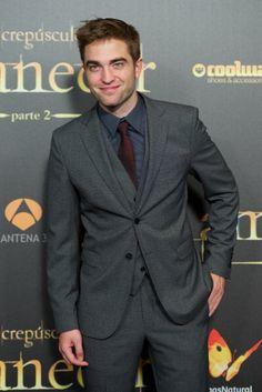 Favorite Male Celebrity: Robert Pattinson - Popsugar Best of 2012 Winner