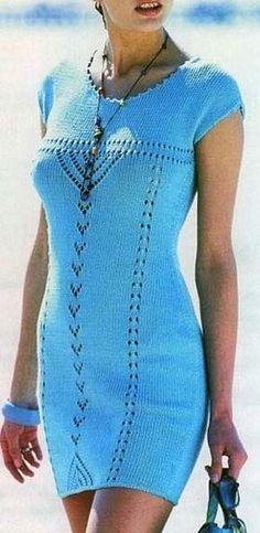 Вязание для женщин. Вязаное платье с коротким приспущенным рукавом. Модель 141