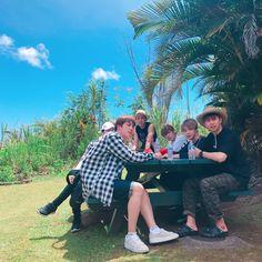 bon voyage season 2 in hawaii yoongsvibe Foto Bts, Jung Hoseok, K Pop, Seokjin, Namjoon, Oppa Gangnam Style, Bts Kim, Bts Bon Voyage, Bts Group Photos