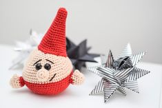 Diy Crochet And Knitting, Crochet Round, Crochet Crafts, Crochet Toys, Free Crochet, Crochet Christmas Decorations, Christmas Crochet Patterns, Christmas Knitting, Christmas Gnome