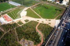 How Clos Layat Park is Bringing Biodiversity Back to the City Landscape Architecture, Landscape Design, Lighting Concepts, Lyon France, Picnic Area, Contemporary Landscape, Base, Playground, Terrace