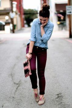 My version: AE Chambray shirt, AE burgundy knit jeggings, Gianni Bini Oxfords