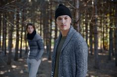 Shop Frank And Oak for modern eco-friendly clothing, ethically sourced and designed for good living. Try our Style Plan, our monthly subscription box. New Nordic, Summer Looks, Slacks, Mens Suits, Passion For Fashion, Winter Hats, Men Sweater, Man Shop, Clothes For Women