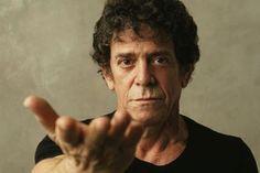 "JoanMira - 1 - World : Lou Reed - ""A walk on the wild side"" - Video - Mus..."
