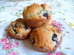 SPLENDID LOW-CARBING BY JENNIFER ELOFF: BLUEBERRY MUFFINS  (good basic recipe with bake mix, with a few suggestions for variations.  has a tip on coating the blueberries with bake mix before folding them in)