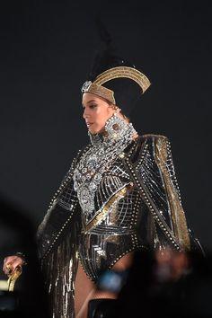 Beychella - Beyonce - Coachella - 2018 - Queen B - Balmain - Beyoncé Knowles Beyonce 2013, Beyonce Coachella, Beyonce Knowles Carter, Rihanna, Beyonce Pics, Blue Ivy Carter, Balmain, Destiny's Child, Style Beyonce